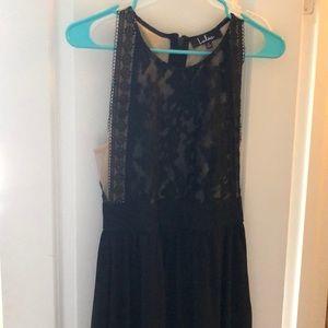 Lulu's Black gown